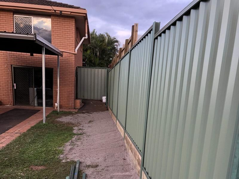 colorbond fence builder north brisbane