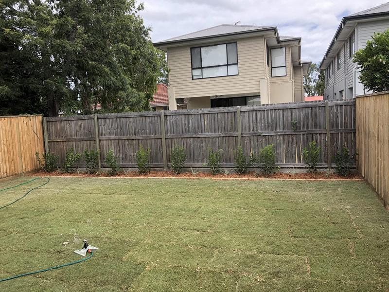 landscape gardening Elimbah
