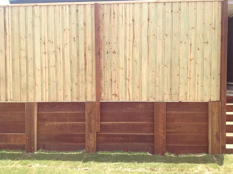 timber fence builder