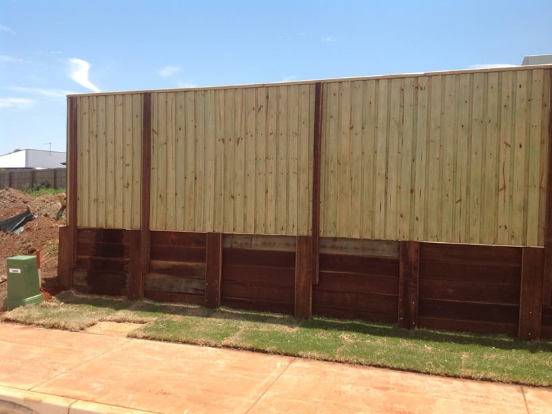 timber retaining with fence